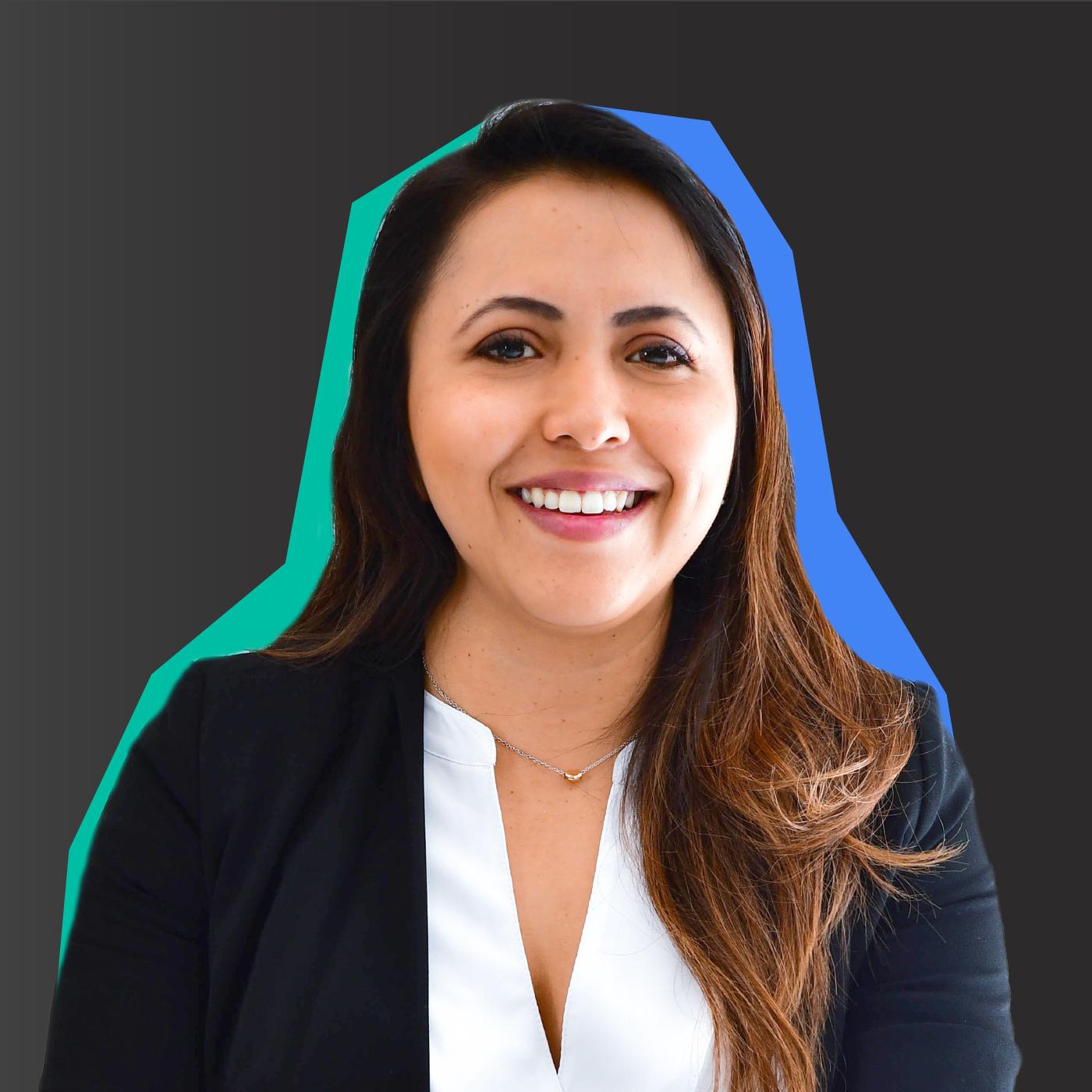 Cristina De La Peña smiling